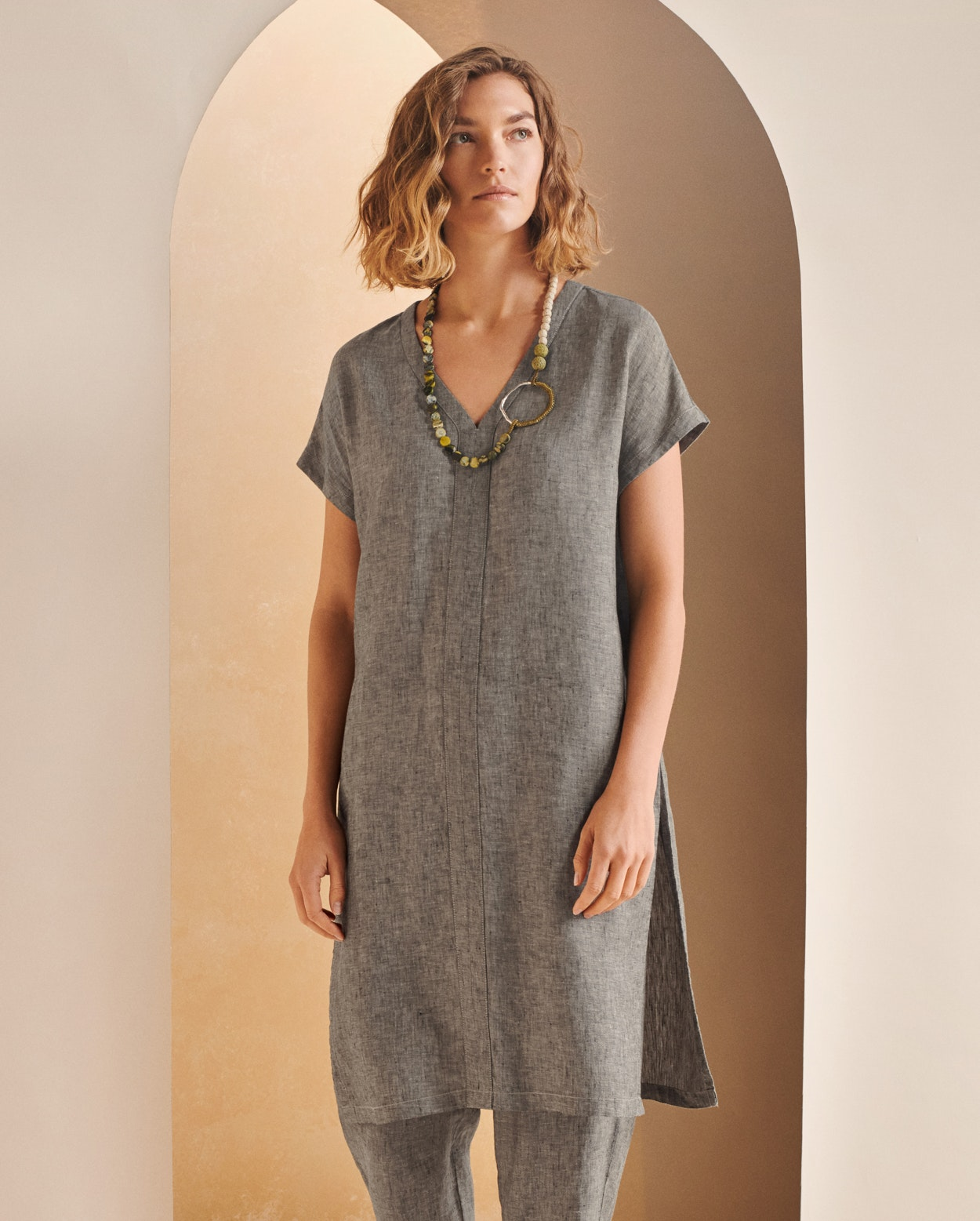 df53e8c8658 Image of Relaxed linen tunic