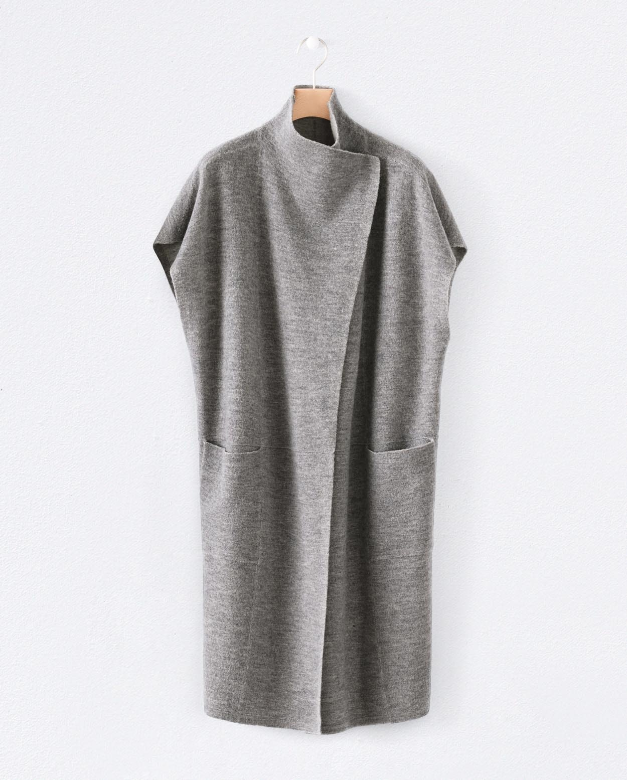 e0346f751254f Poetry - Boiled wool sleeveless jacket